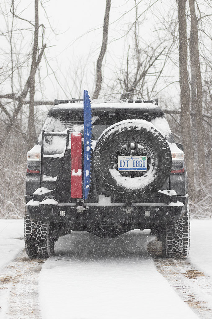 4runner_carrier_snow.jpg