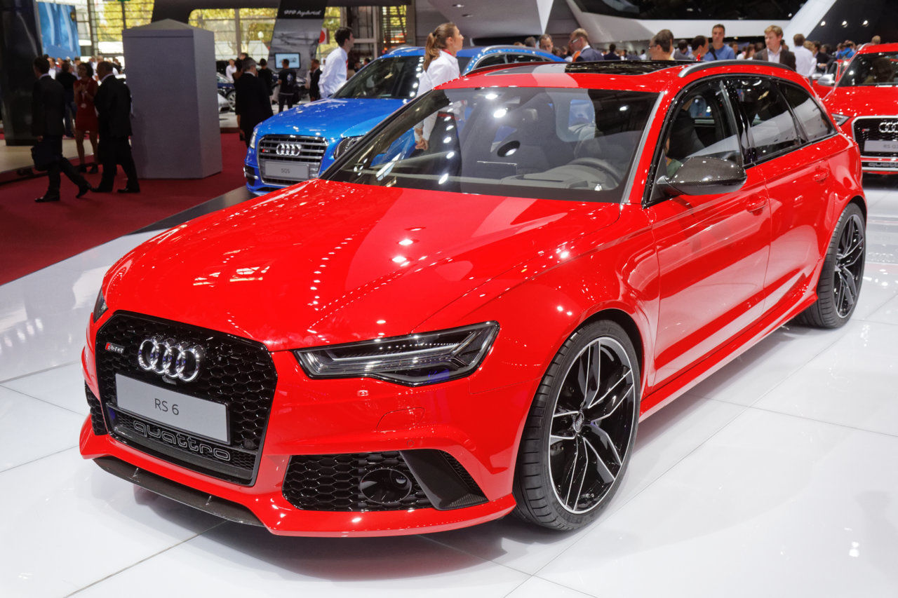 Audi_RS6_-_Mondial_de_l'Automobile_de_Paris_2014_-_005.jpg