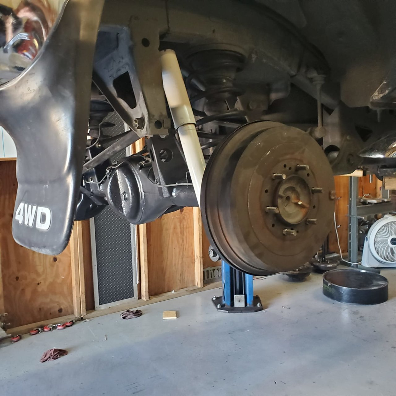 axles back in place.jpg