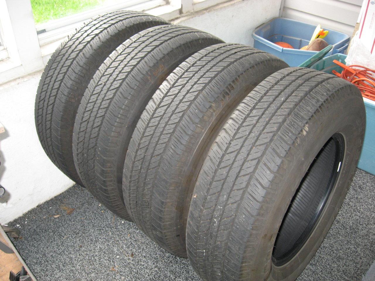 Bridgestone-Dueler HT 006.jpg