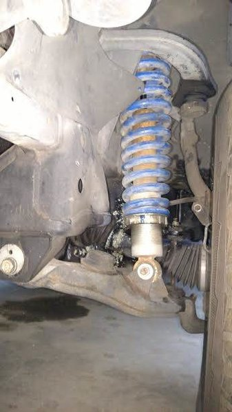 California Mini Trucks 1997 4Runner Junk Yard Build New Coilovers 002.jpg