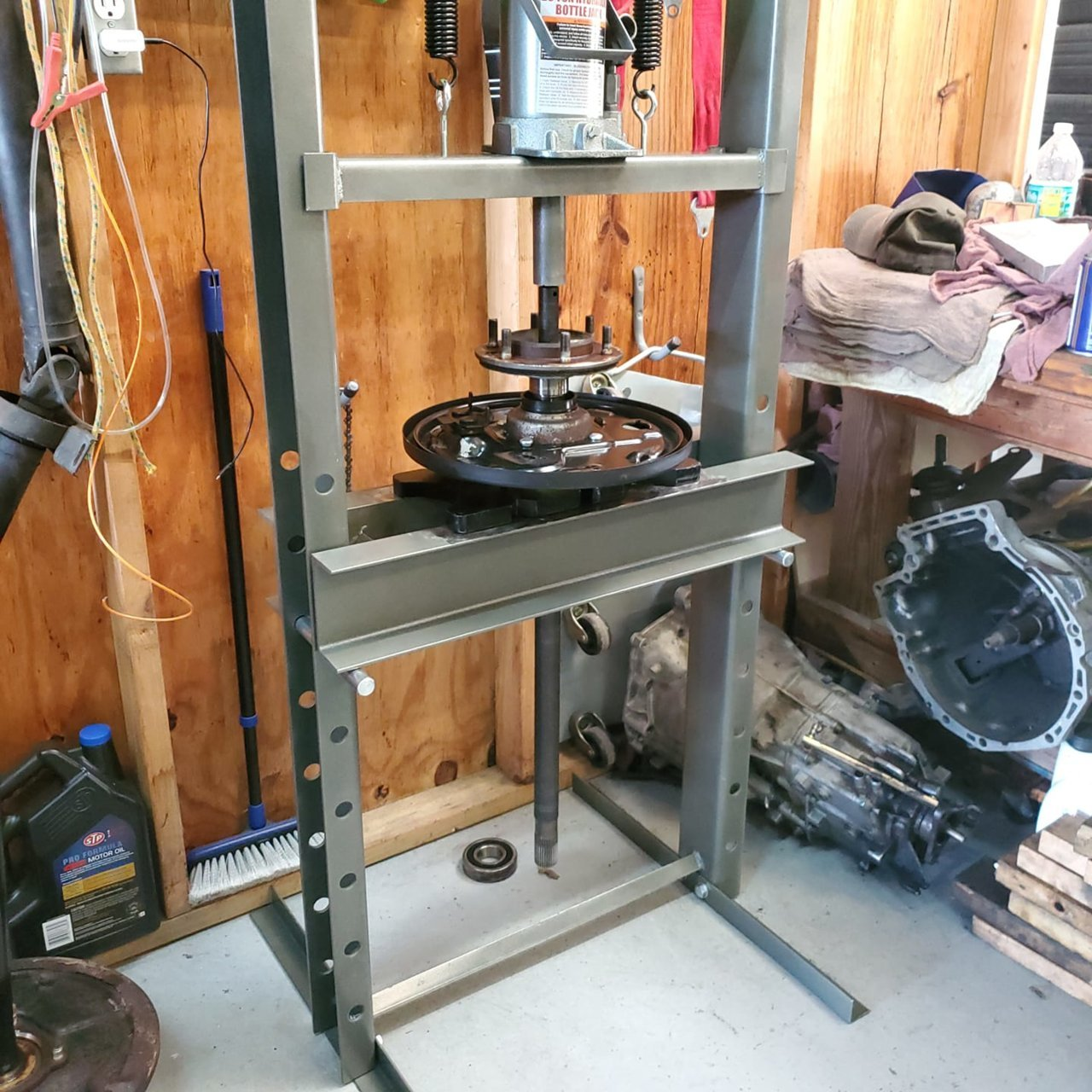 pressing wheel bearing in.jpg