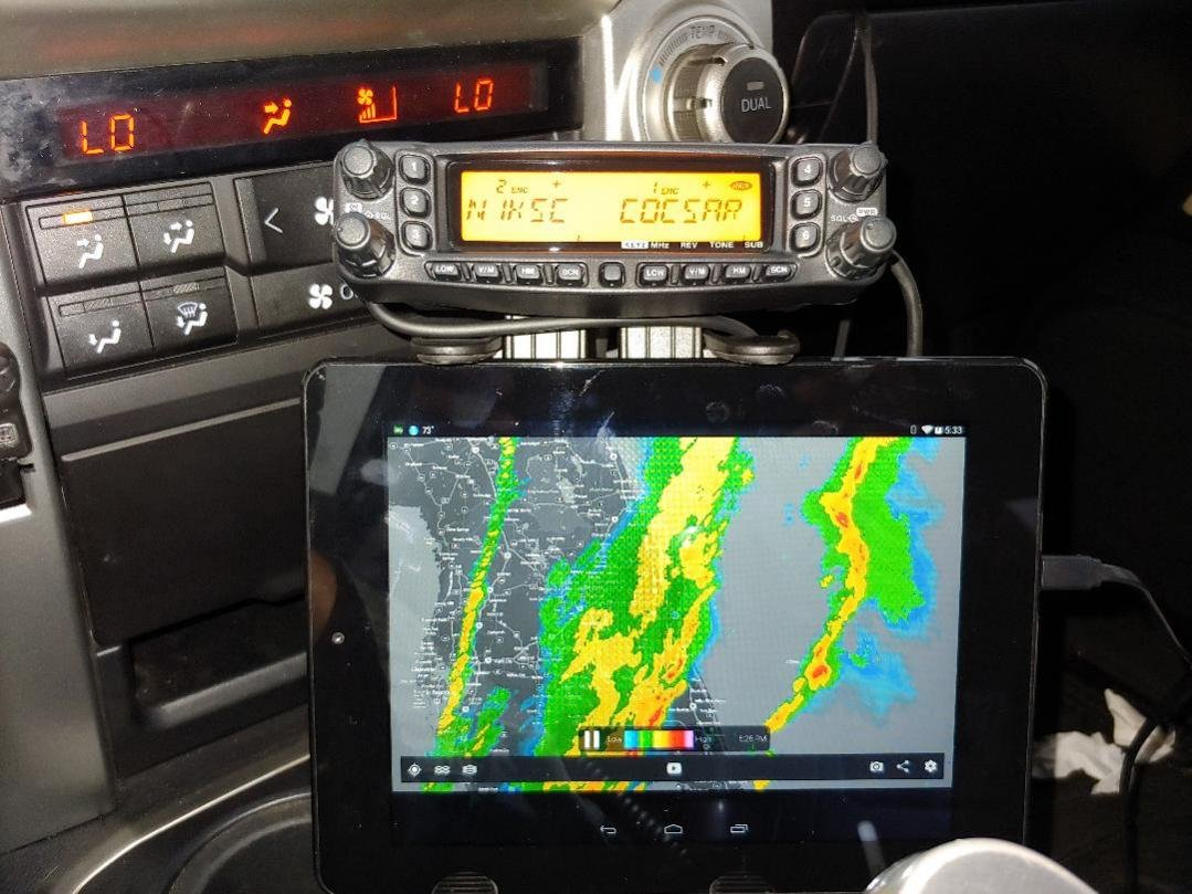 Yaesu and Tablet mount.jpg.jpg